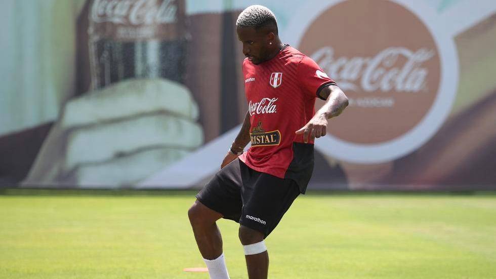 Jefferson Farfán es pretendido por Alianza Lima
