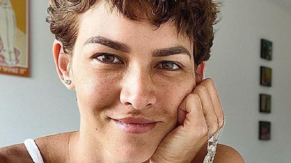 Anahí de Cárdenas es víctima de robo por modalidad de phishing.