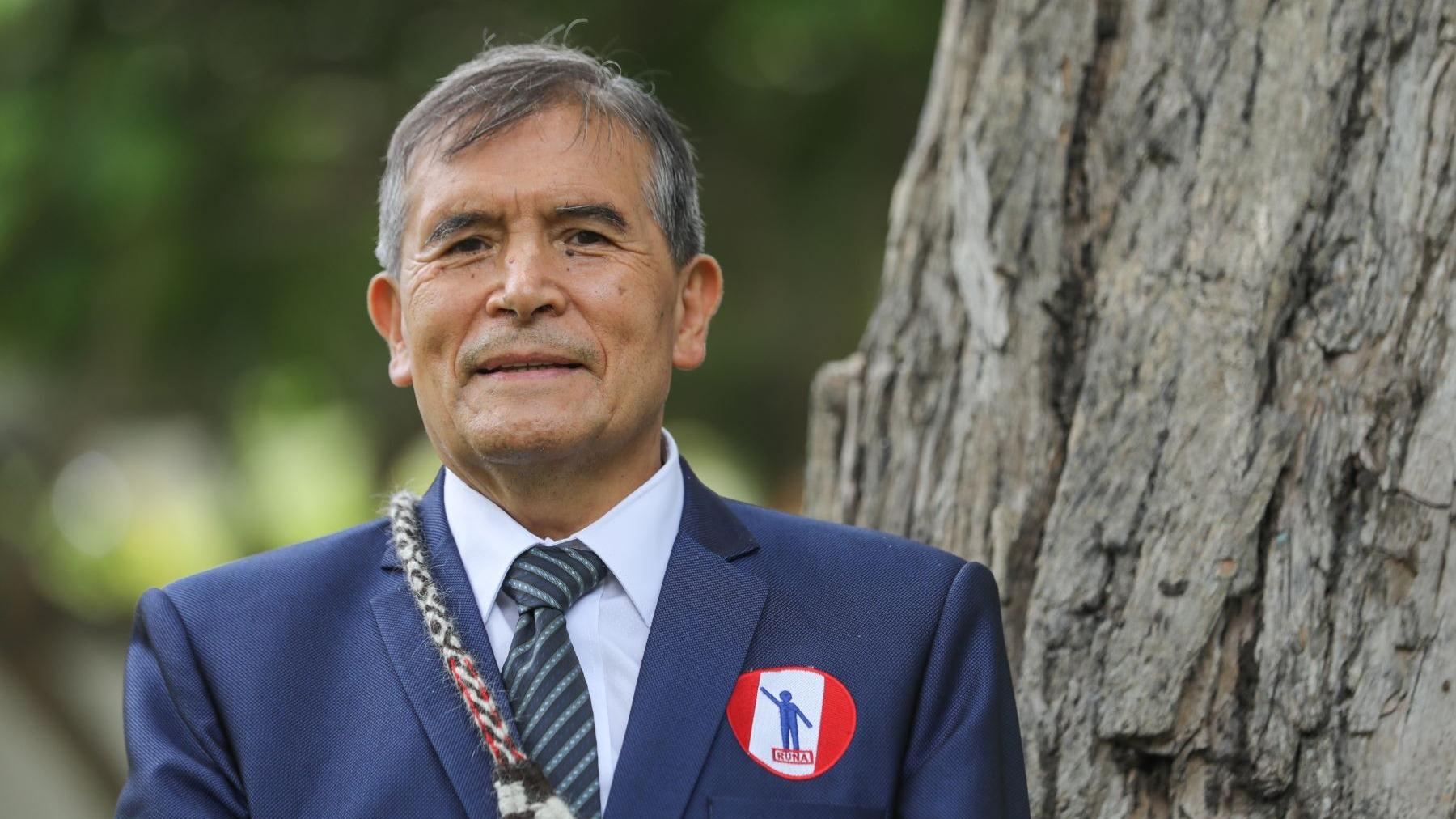 Ciro Gálvez, postulante a la presidencia de la República.