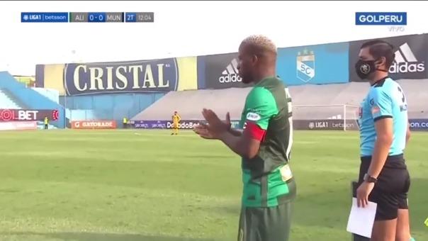 Jefferson Farfán hizo su debut oficial con Alianza Lima