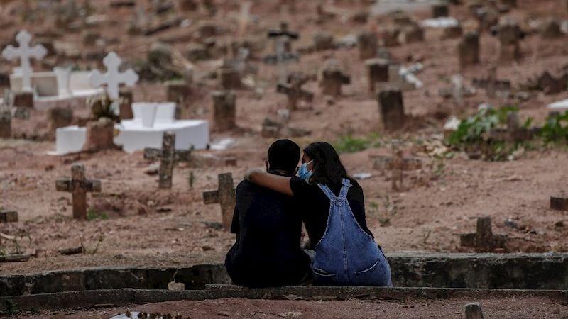 La pandemia de la COVID-19 golpea a miles de familias alrededor del mundo.