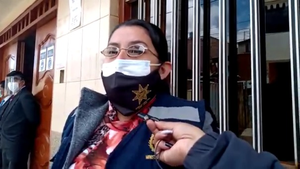 Según información dada por la fiscal Dina Santillán, la única testigo del hecho fue la prima de la agraviada.