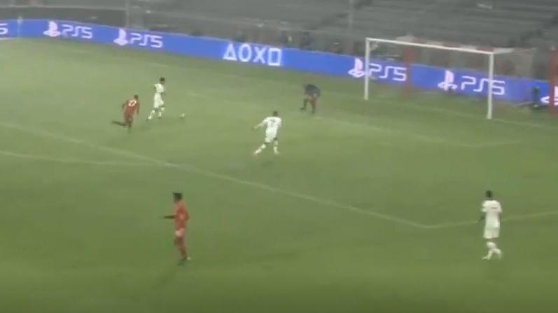 Este fue el gol de Marquinhos frente al Bayern Munich.