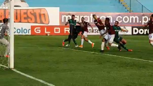 Gol de Jefferson Farfán