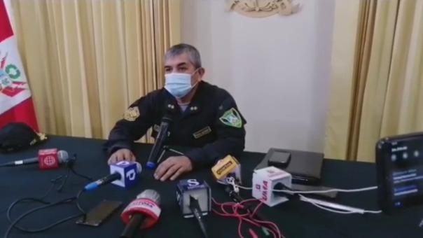 El jefe de la IX Macro Región Policial, Gral. Víctor Zanabria, confirmó que Saúl Ayala seguirá trabajando con normalidad.