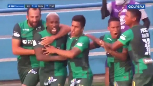 Jefferson Farfán anotó su primer gol con Alianza Lima en la Liga 1