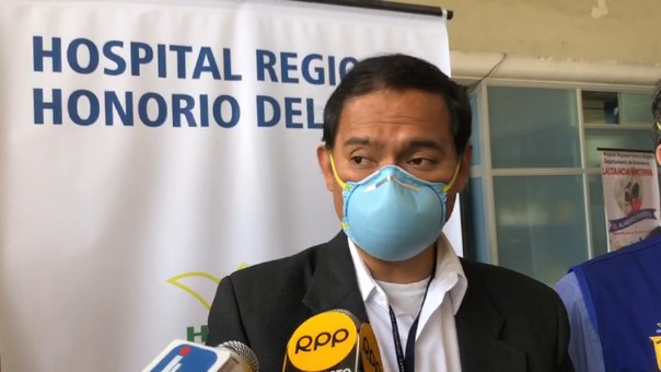 El director del Hospital Regional Honorio Delgado Espinoza, Richard Hernández, dijo que esperan que en los próximos aumente el número de pacientes COVID-19.