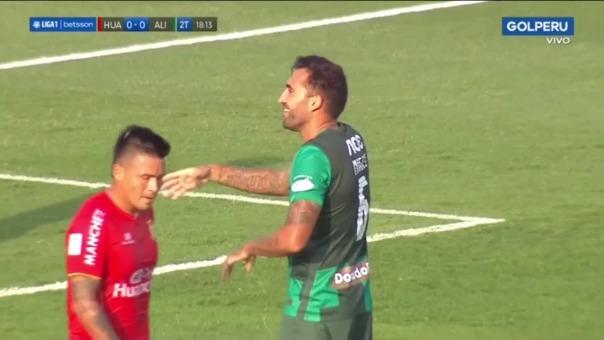 Pablo Míguez falló clara ocasión de gol