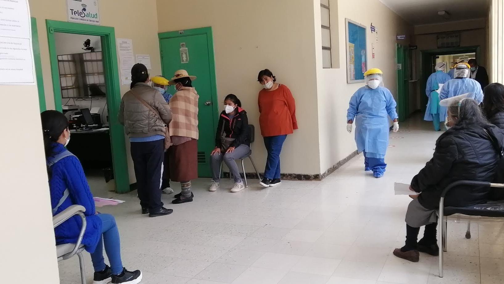En Puno ya se tiene preparada la respectiva cadena de frío para las vacunas, aunque no se conoce el número exacto de dosis que serán enviadas.
