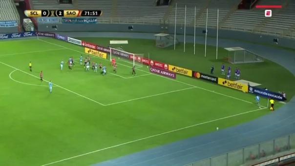 Rodrigo Néstor tuvo esta mano en el área en partido ante Sporting Cristal