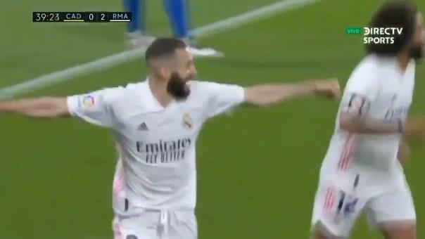 Karim Benzema convirtió el 3-0 del Real Madrid