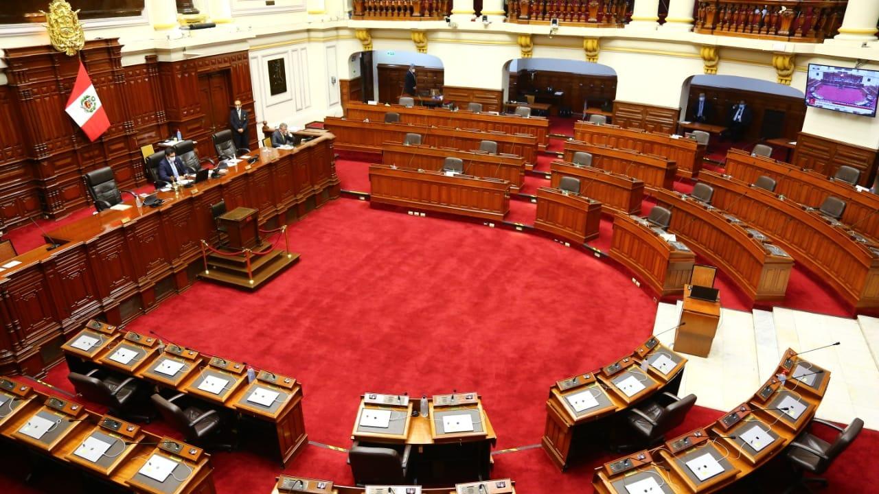 Congreso: autorizan elaboración de placa conmemorativa  del primer Pleno virtual