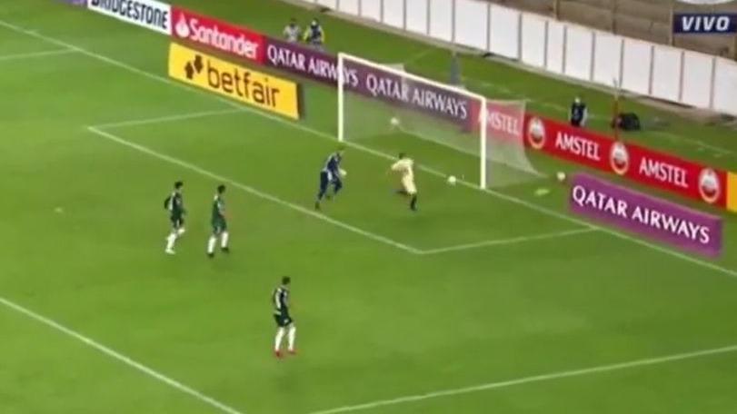 Esta fue la jugada de Aldo Corzo en Universitario por Copa Libertadores.