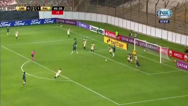 Enzo Gutiérrez anotó de penal y puso el 2-2 de Universitario ante Palmeiras