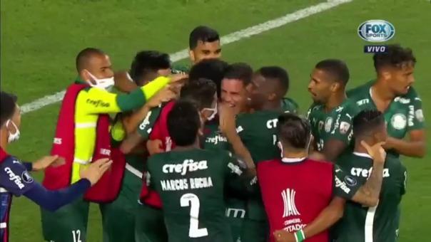 Renán convirtió el 2-3 definitivo para Palmeiras ante Universitario