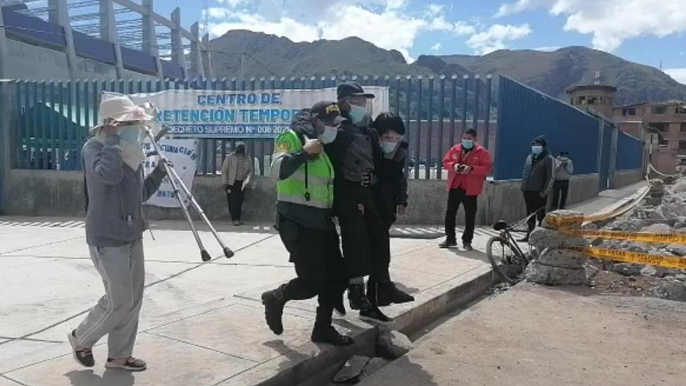 En Huancavelica se reportaron algunos incidentes de aglomeración y algunos adultos no aparecían en los padrones.