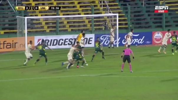Walter Bou anotó el 3-0 ante Universitario vía penal
