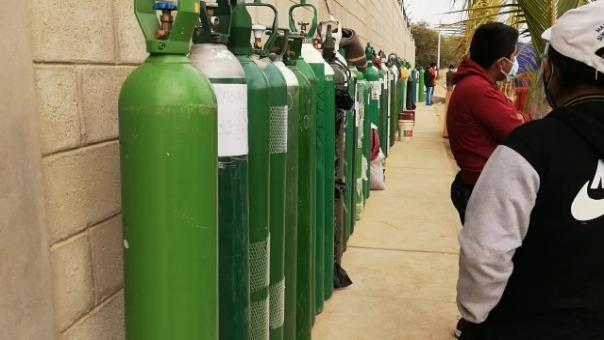 Los familiares pidieron a las autoridades gestionar plantas de oxígeno para cada distrito y sí poder salvar las vidas de los enfermos.