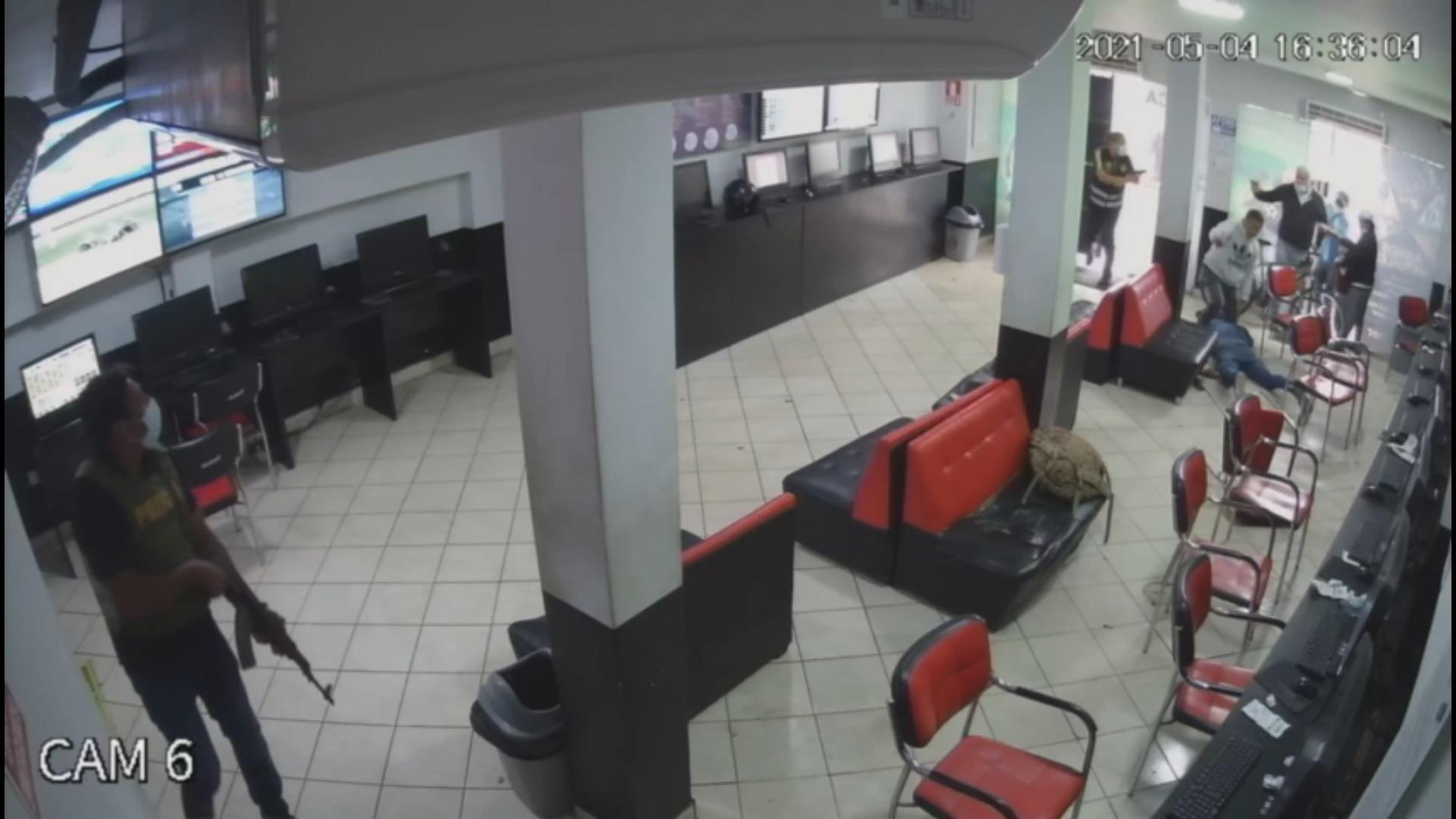 Policía logró frustrar un asalto a casa de apuestas en San Martín de Porres.