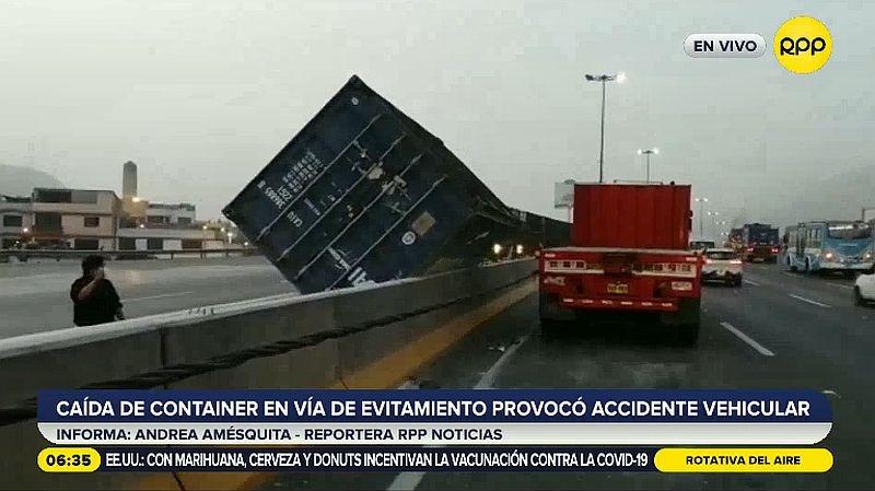 Dos personas resultaron heridas en el accidente.