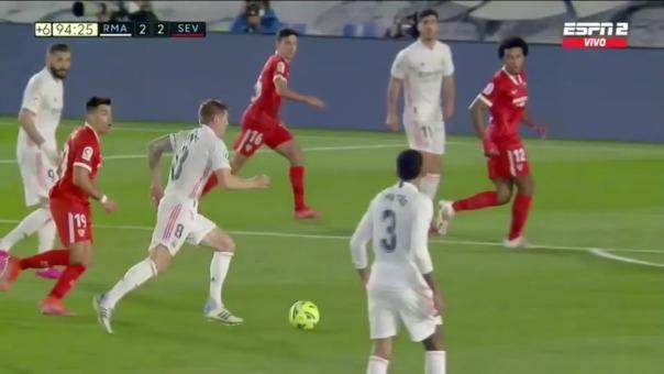 Eden Hazard anotó el 2-2 del Real Madrid ante Sevilla
