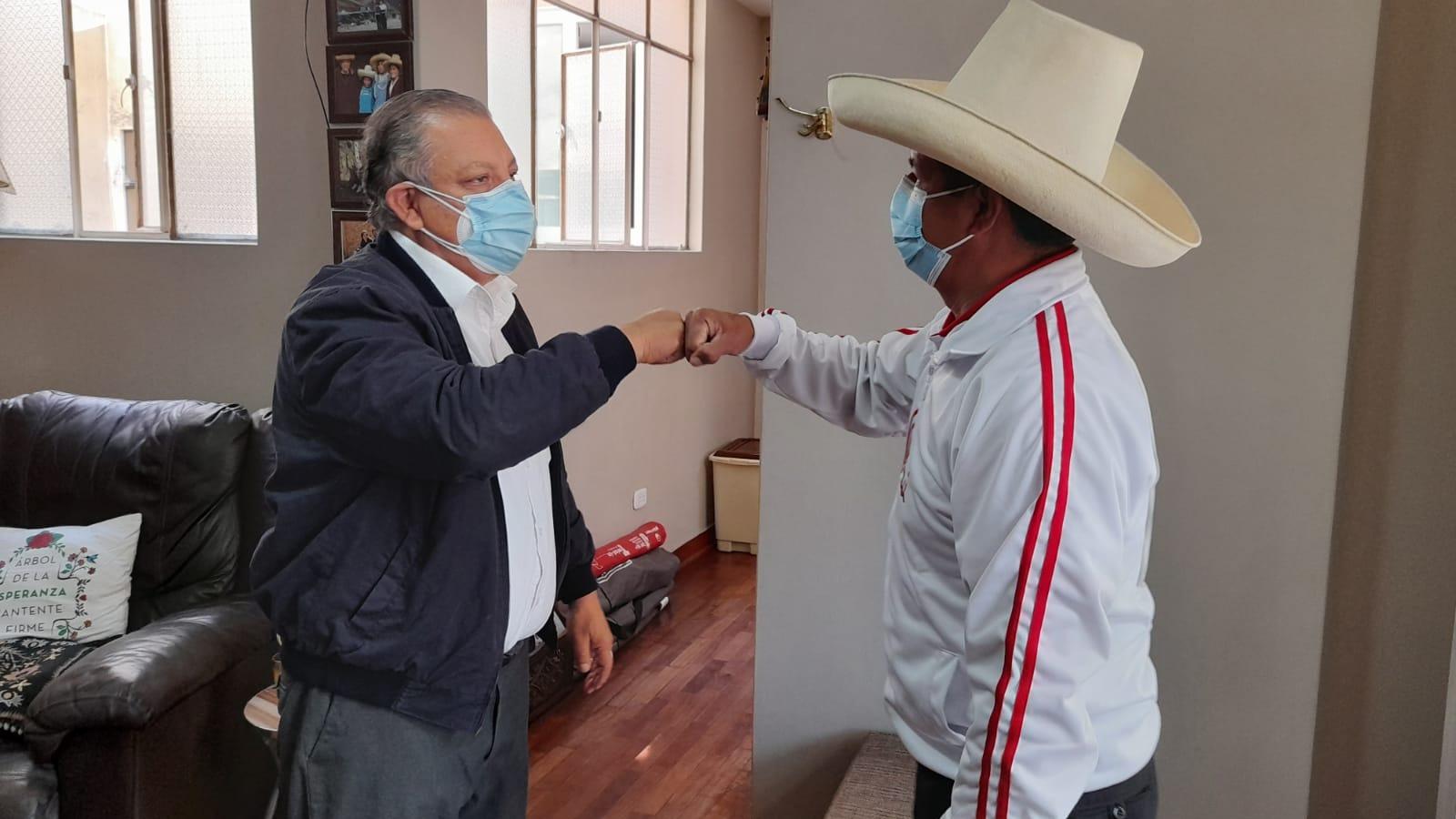 Frente Amplio anuncia respaldo a Pedro Castillo en la segunda vuelta electoral.
