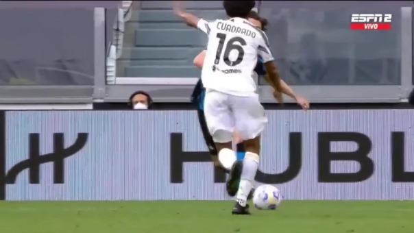 Golazo de Juan Cuadrado para el 2-1 de Juventus