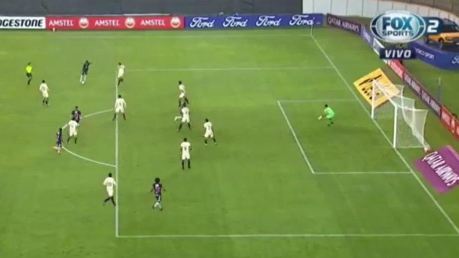 Así fue el gol de Jhon Sánchez ante Universitario por la Copa Libertadores.