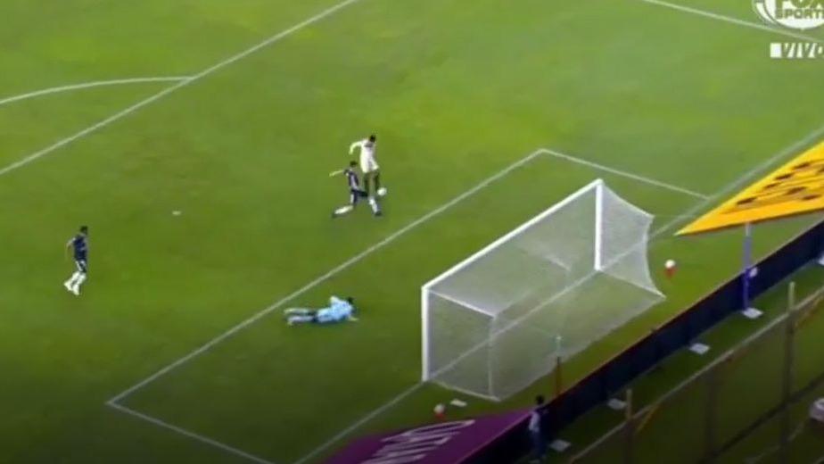 Así fue el segundo gol de Valera en Universitario.