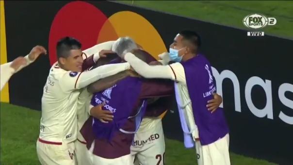 Alex Valera logró su doblete y el 2-1 de Universitario sobre Independiente