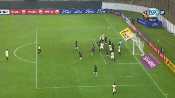 Nelinho Quina anotó el 3-2 de Universitario ante Independiente del Valle