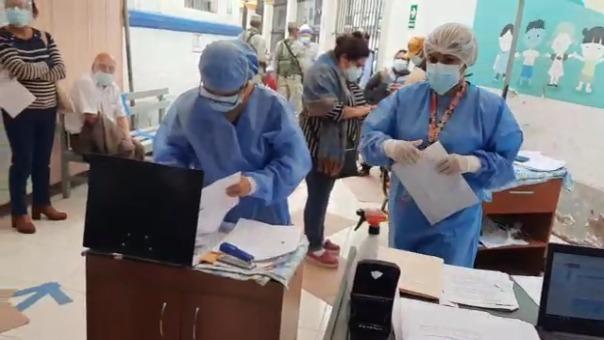 La Gerencia de Salud realizó un inspección en los centros de vacunación de Lambayeque.