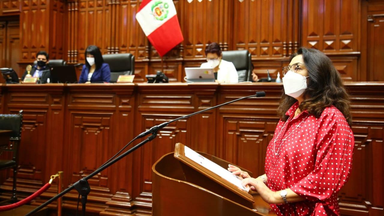 Premier Bermúdez se refirió a los cierres de campaña.