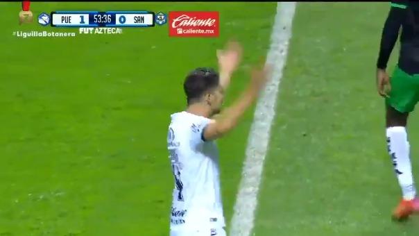 Santiago Ormeño puso el 1-0 de Puebla ante Santos