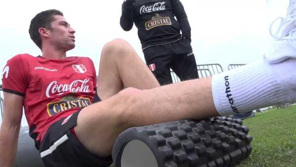 Santiago Ormeño hizo trabajos diferenciados en su primer día de trabajo con la Selección Peruana