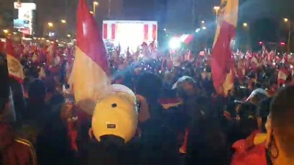 Mitin de protesta en el Cercado de Lima.