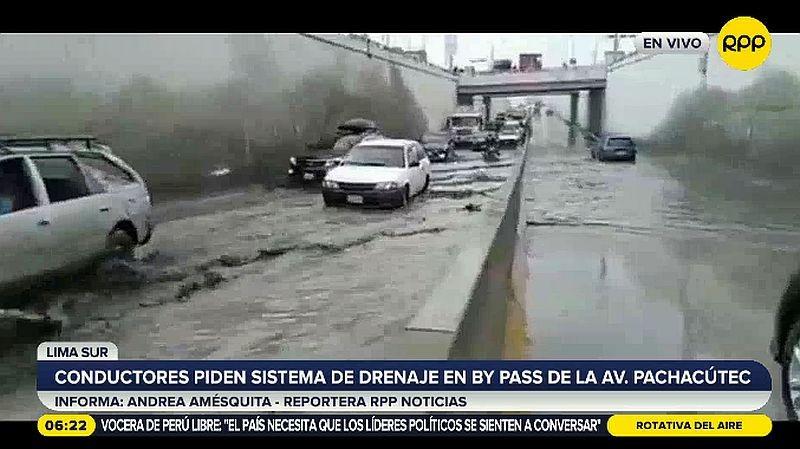 VMT: vecinos piden drenaje en bypass de la avenida Pachacútec [VIDEO]