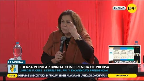 Lourdes Flores participó en la conferencia de prensa de Fuerza Popular.
