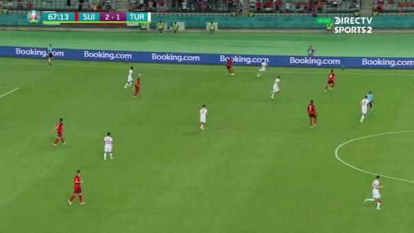 Shaqiri anotó el 3-1 para Suiza ante Turquía