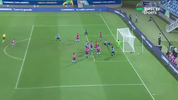 Gol de Uruguay.