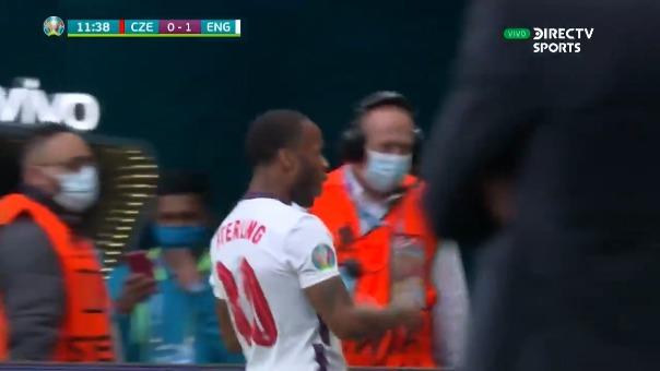 Inglaterra 1-0 República Checa: así fue el gol de Raheem Sterling