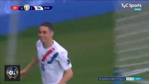 Miguel Almirón anotó el 2-0 de Paraguay sobre Chile