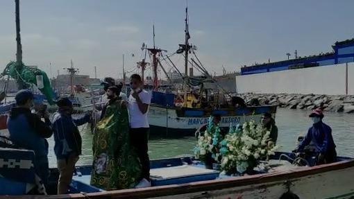 Se realizó la tradicional procesión de la imagen de San Pedro por el mar.