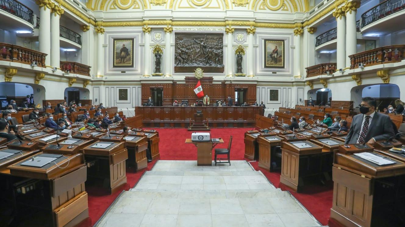 Fiscalía inició diligencias preliminares contra congresistas.