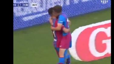 Yusuf Demir anotó el 2-0 de Barcelona.