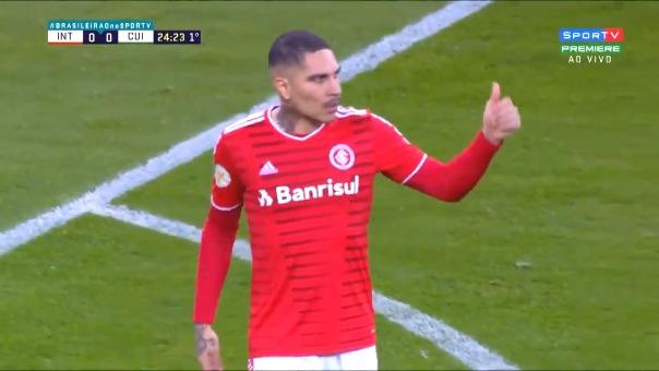 Paolo Guerrero tuvo ocasión de gol en el partido de Inter de Porto Alegre ante Cuiabá