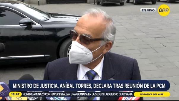 Ministro Torres declaró tras reunión de la PCM.