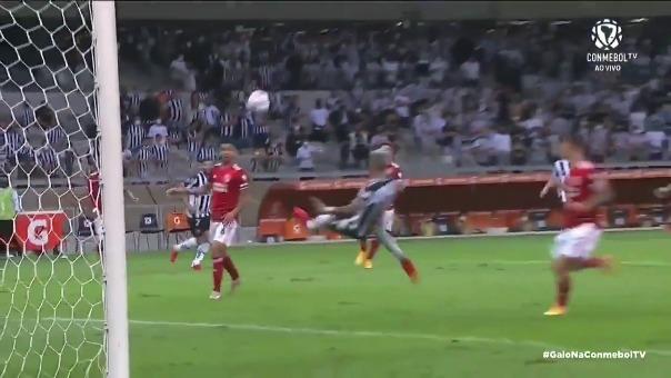 Matias Zaracho anotó golazo de tijera para el 1-0 de Mineiro ante River