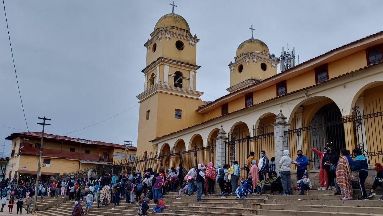 Ante la masiva llegada de peregrinos y aumento de casos de la COVID-19 se decidió cerrar el Santuario del Señor Cautivo.