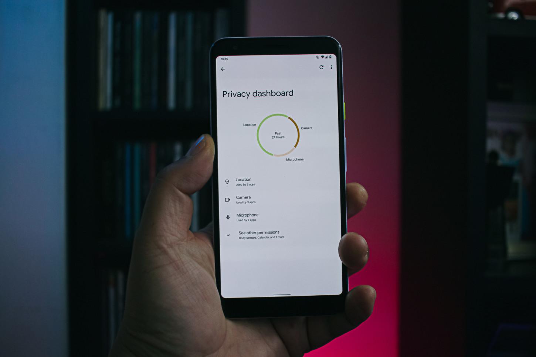 Este es el nuevo panel de privacidad en Android 12
